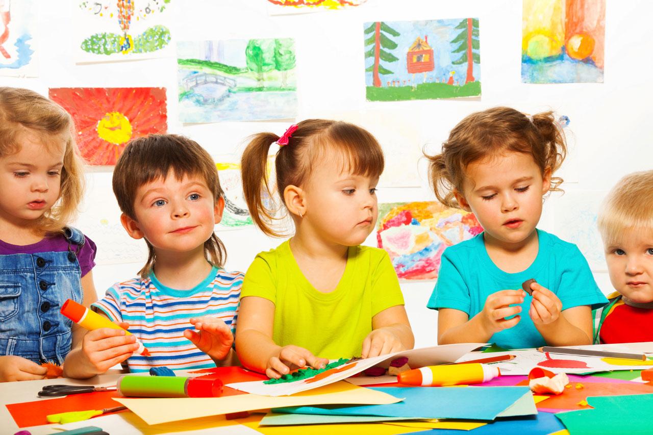 Наличие мест в детских садах: Путин поручил Правительству более внимательно поработать с регионами