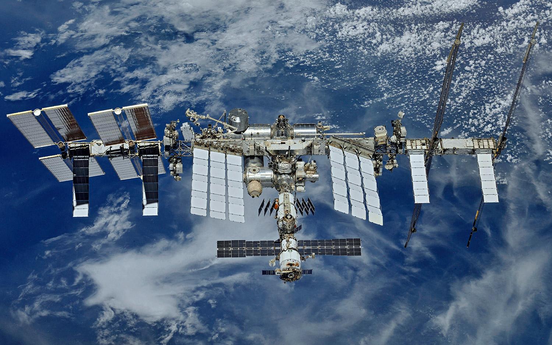 Зарплаты космонавтов: в какой стране они выше и сколько зарабатывал Юрий Гагарин