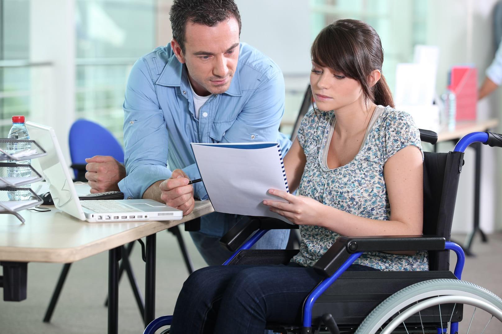 Дают ли кредиты инвалидам, и какой должна быть группа инвалидности