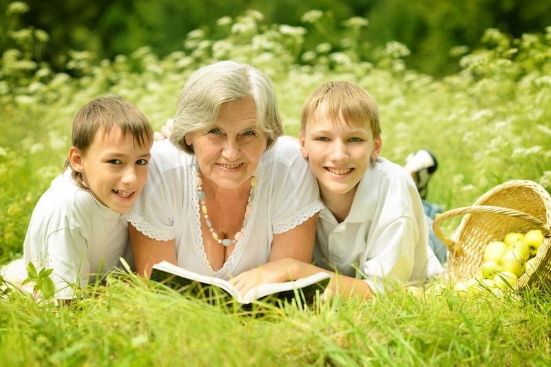 Пенсионный возраст: с 2021 года женщины с детьми будут выходить на пенсию на несколько лет раньше