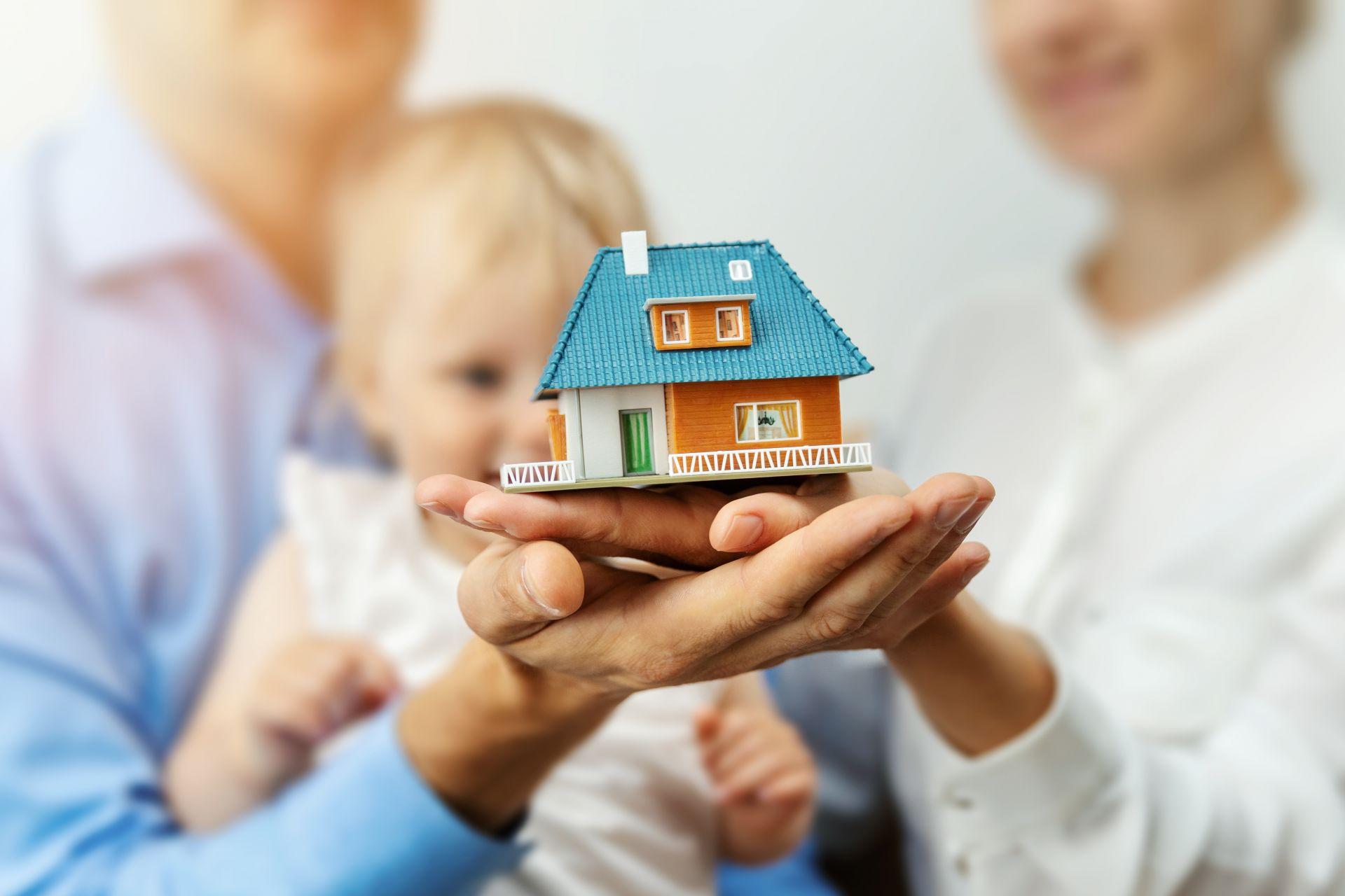 Первоначальный взнос для семейной ипотеки хотят уменьшить до 10%