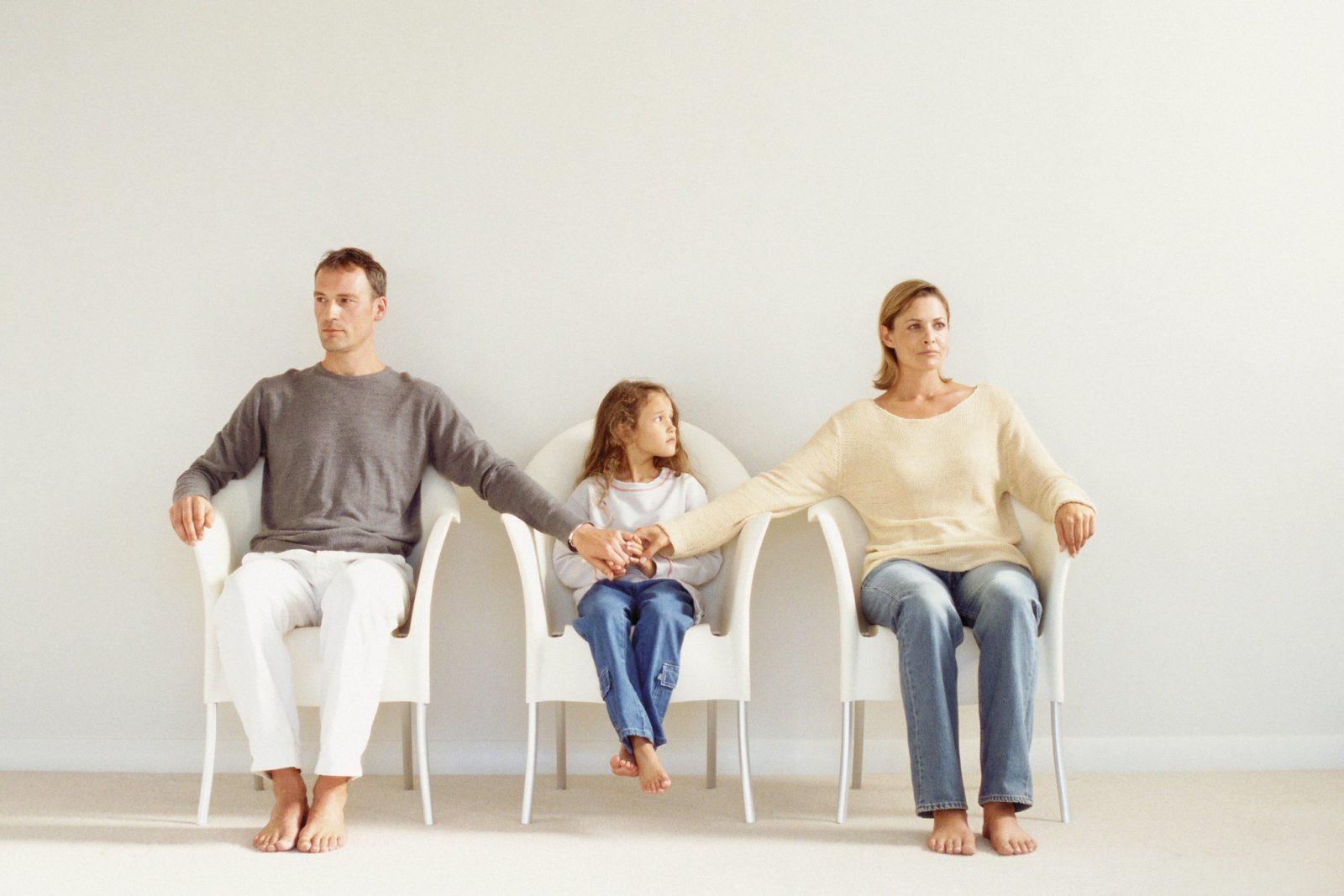 Как сохранить общение с детьми после развода?