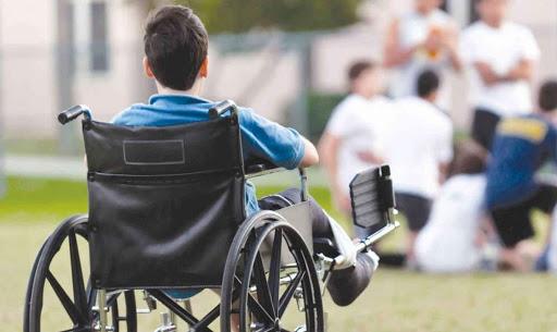 Как ребенку-инвалиду выбрать профессию?