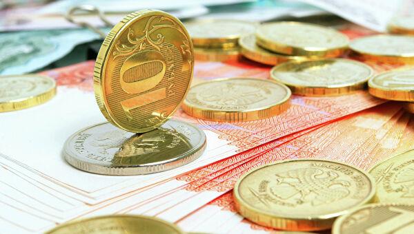 Для тех, кто старше 50 лет, Госдумой одобрена новая денежная льгота