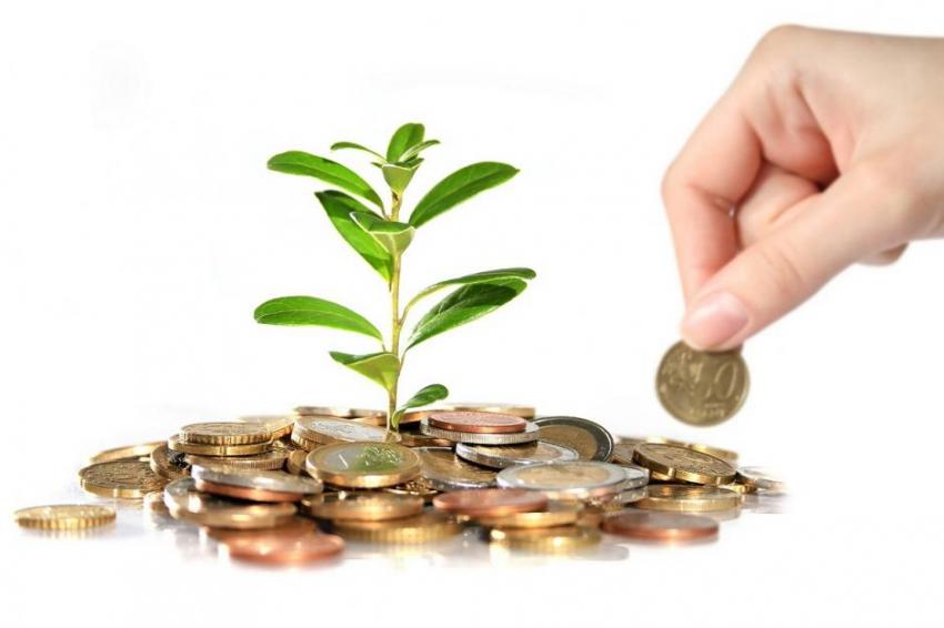 Сколько должно быть денег на вкладе, чтобы жить на проценты: финансисты назвали точную сумму