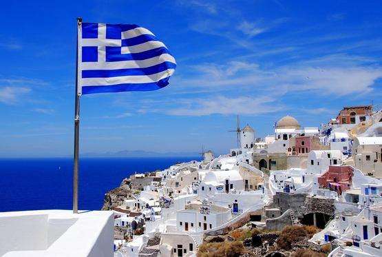 Греция открыла границы для всех туристов без ограничений с 14 мая