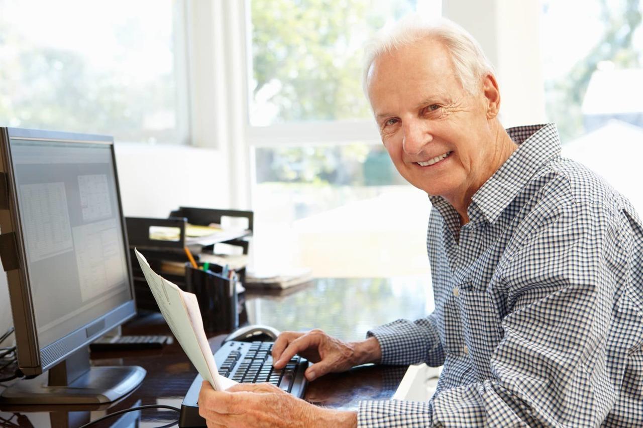 Индексация пенсий работающим пенсионерам может произойти к выборам в Госдуму