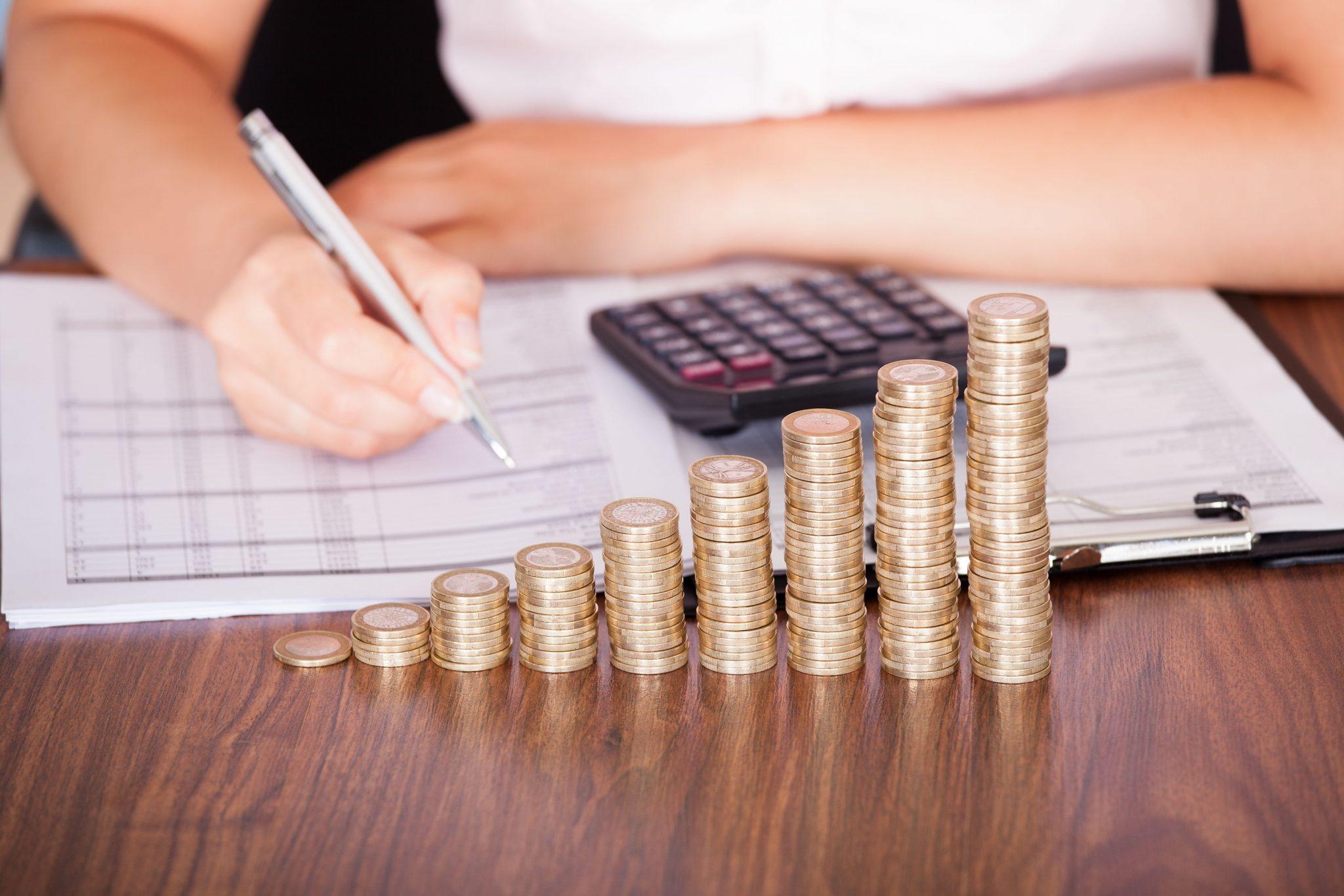 Советы, которые помогают жить в достатке, а не от зарплаты до зарплаты