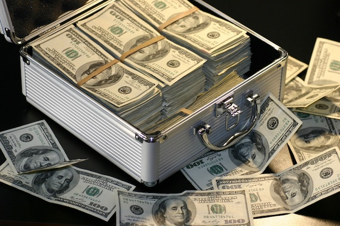 Что будет, если Россия откажется от доллара: болгары предполагают обрушение американской валюты