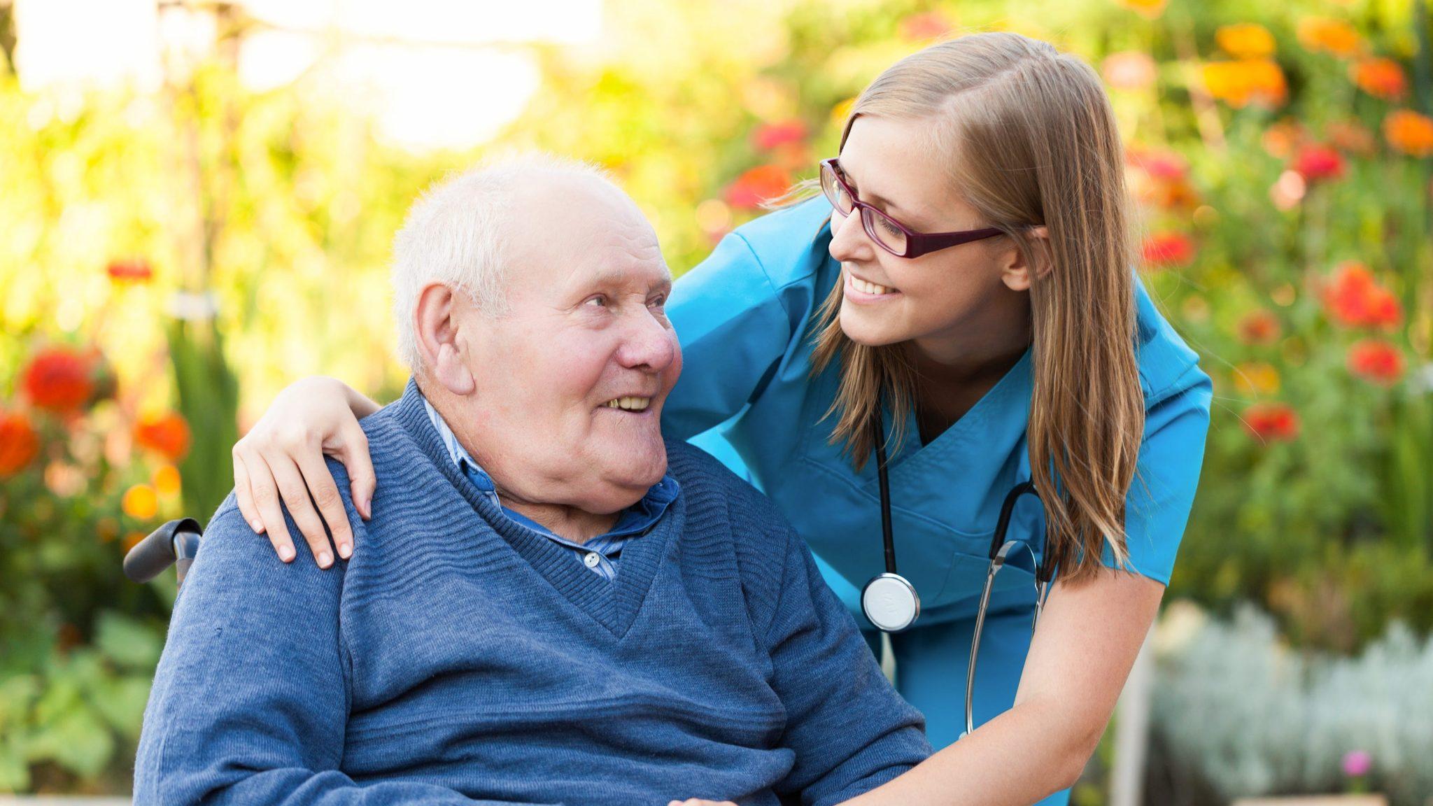 Большой стаж работы: какая пенсия и надбавки положены пенсионеру с 40-летним стажем работы
