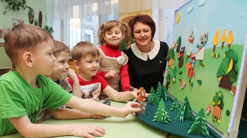 Какие льготы и выплаты положены воспитателям детских садов