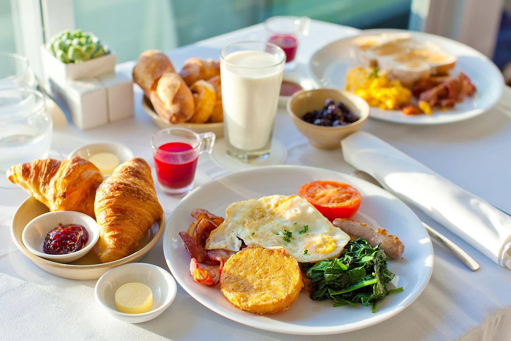 Лучшее время для завтрака. Рекомендации врача-диетолога