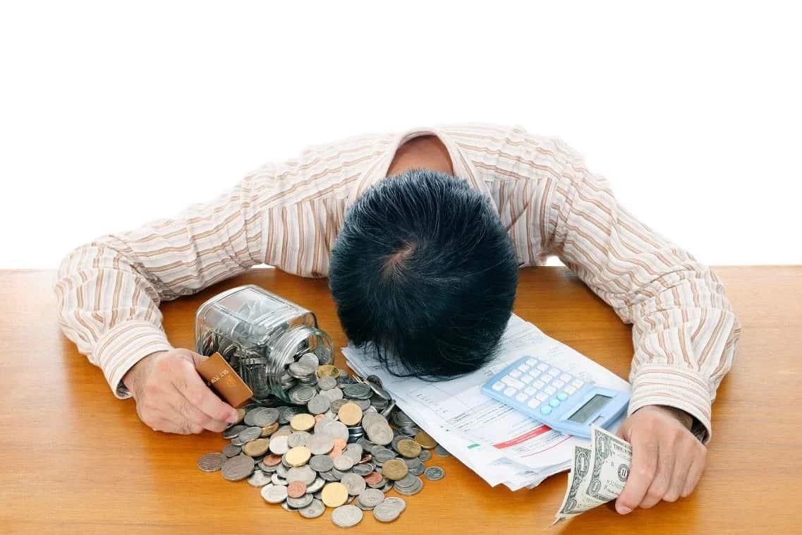 Что бывает с должниками по кредитам - 5 этапов долга
