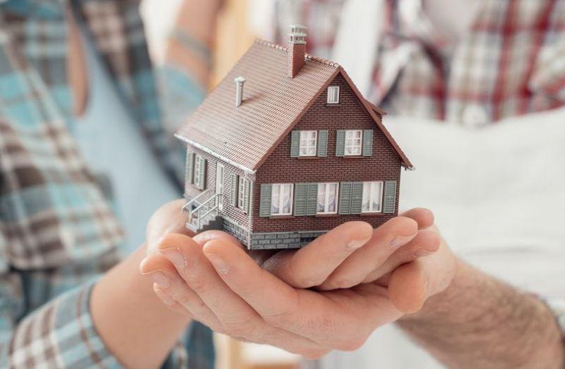 Как гарантированно передать квартиру без дарения и завещания