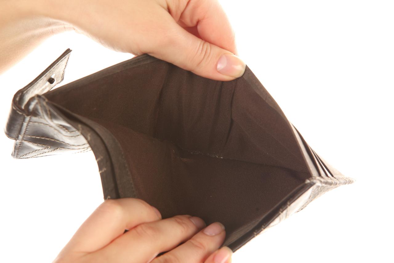 Чего нельзя делать, когда нет денег