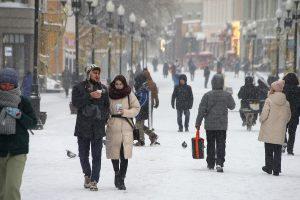 """Россиян предупредили о """"нервозной"""" погоде предстоящей зимой - РИА Новости"""