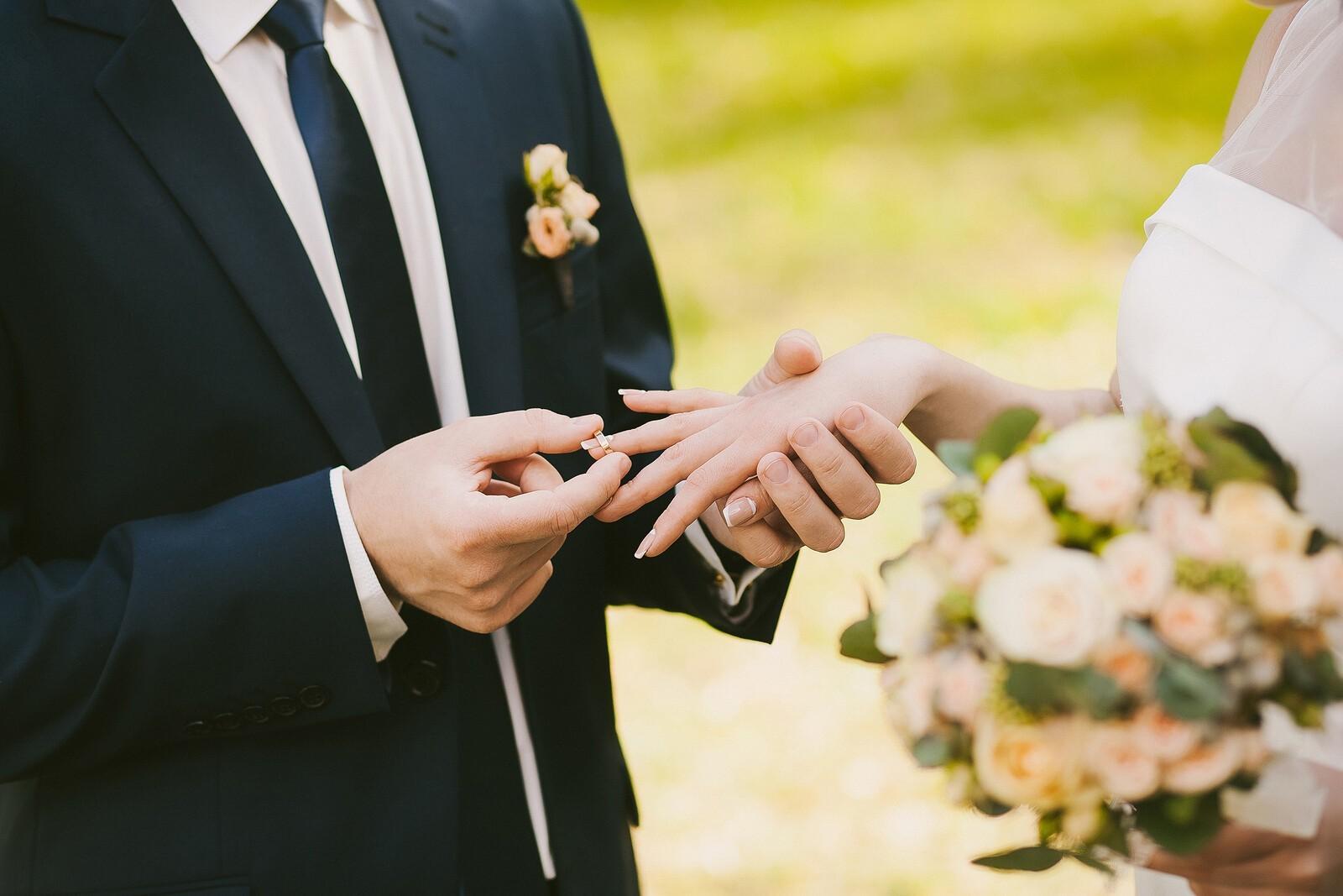 Плюсы от вступления в законный брак: преимущества официальных отношений