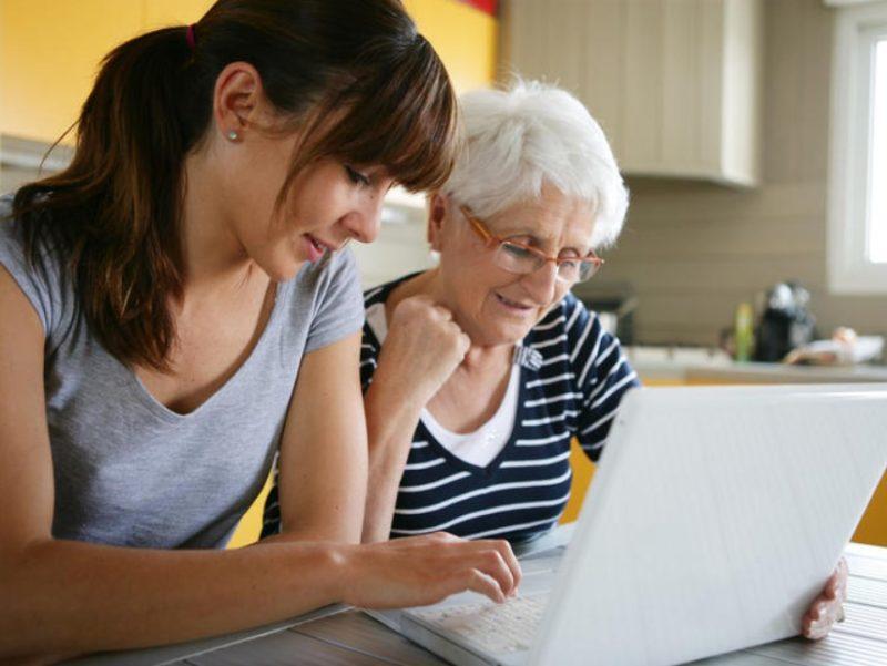 Родители-пенсионеры студентов очной формы смогут получить повышенную пенсию - Lenta.ru